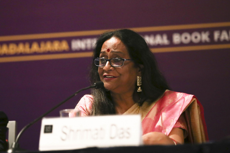 La Directora del Centro Cultural de la India, Shrimati Das, en uso de la palabra
