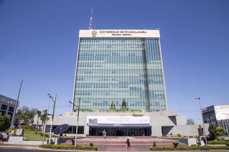 Fachada del edificio de Rectoría de la Universidad de Guadalajara
