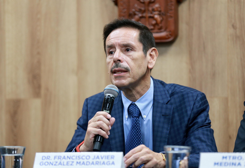 El Rector del CUAAD, doctor Francisco Javier González Madariaga, en uso de la palabra