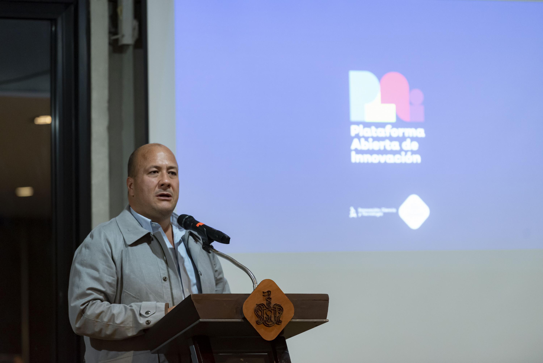 El Gobernador de Jalisco, Enrique Alfaro Ramírez, en uso de la palabra