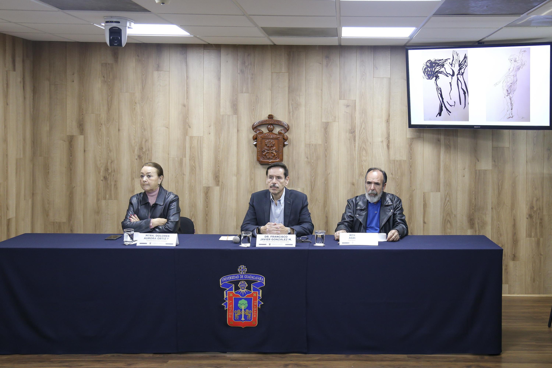 Académicos en rueda de prensa para la donación de obra plástica inédita del maestro Alfonso de Lara Gallardo al CUAAD