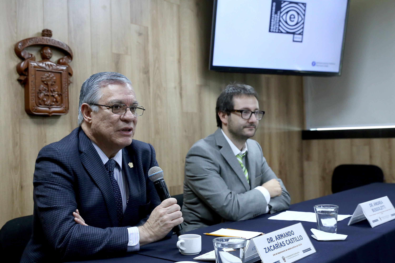 Académicos universitarios en rueda de prensa para analizar la información y procesos políticos en México Un balance de septiembre y octubre