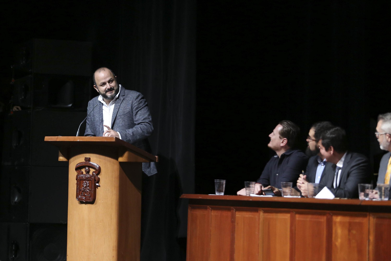 El Rector General de la Universidad de Guadalajara, doctor Ricardo Villanueva Lomelí, en uso de la palabra