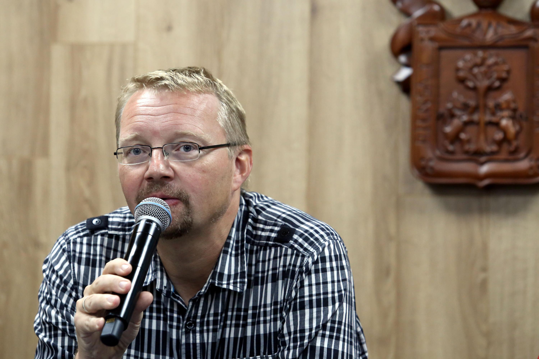 Directivo del Laboratorio Visiones de Paz por parte de la Universidad Bielefeld de Alemania, Doctor Joachim Michael, en uso de la palabra