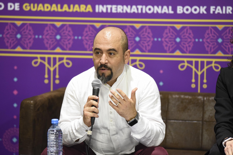 El Secretario de Vinculación y Difusión Cultural de la UdeG (Cultura UDG), licenciado Ángel Igor Lozada Rivera Melo, en uso de la palabra