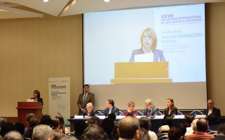 Inauguracion el XXVII Encuentro Internacional de Educación a Distancia organizado por UDGVirtual