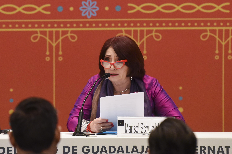 La Directora de la feria, maestra Marisol Schulz Manaut