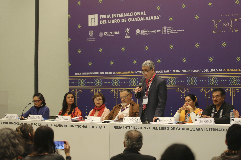 El homenaje fue encabezado por el Vicerrector Ejecutivo de la Universidad de Guadalajara, doctor Hector Raúl Solís Gadea