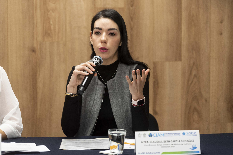 La maestra Claudia Lizeth García González, Coordinadora del eje temático del Módulo de Nutrición, del XXII Congreso Internacional Avances en Medicina (CIAM 2020)