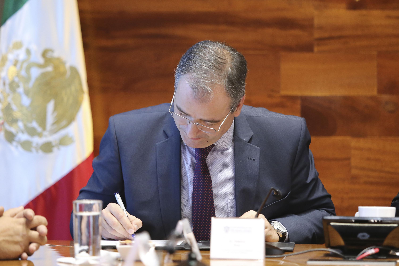 l Consejero Cultural, Adelino Braz