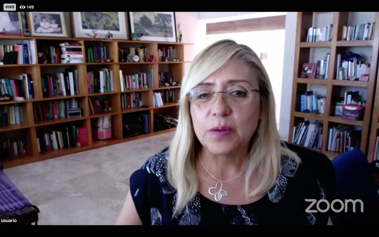 La investigadora del Departamento de Estudios Regionales del CUCEA, doctora Angélica Basulto Castillo