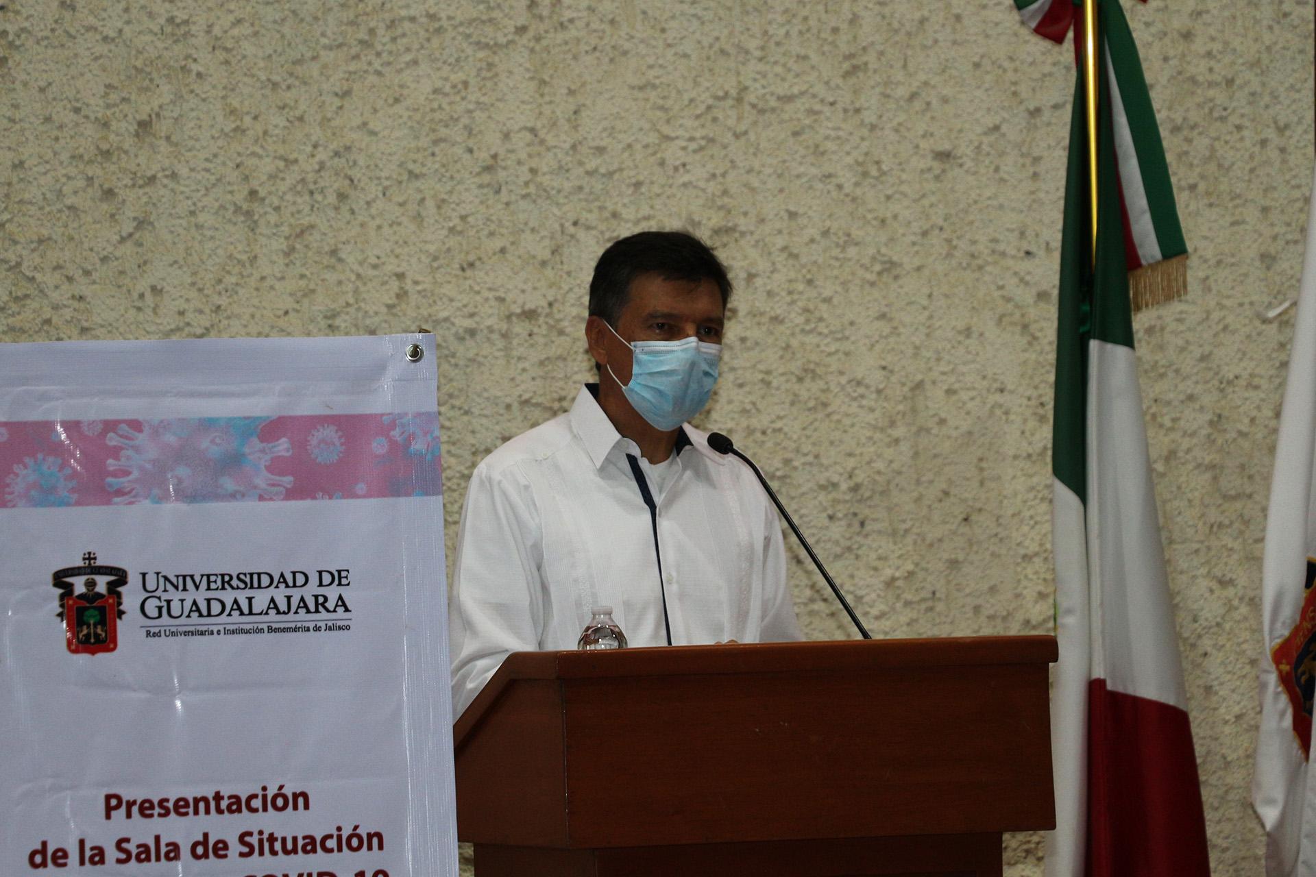 Presentan en este plantel la Sala de Situación en Salud por COVID-19 de la UdeG a presidentes municipales del Sur de Jalisco