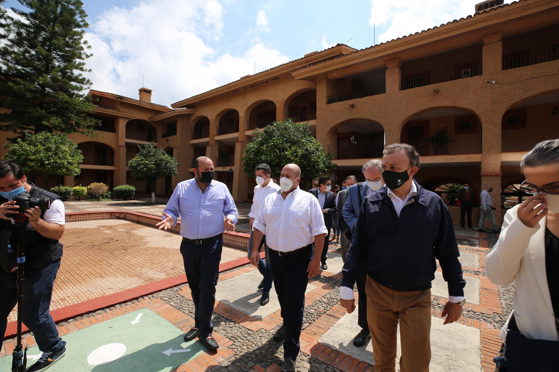 La Universidad de Guadalajara (UdeG) y el gobierno estatal anunciaron la creación del Centro de Aislamiento Voluntario, que tendrá como sede el Hotel Villa Primavera