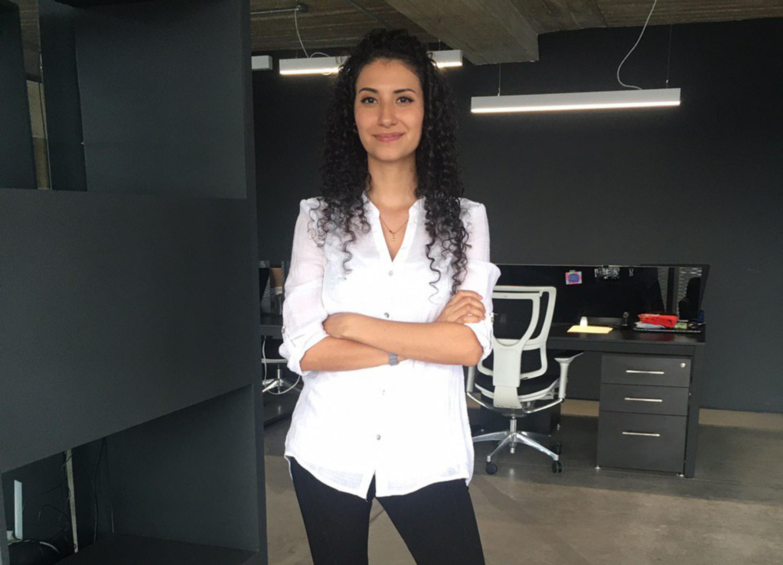 Nidia Elizabeth Martínez Flores, estudiante de Ingeniería Química del Centro Universitario de Ciencias Exactas e Ingenierías (CUCEI)