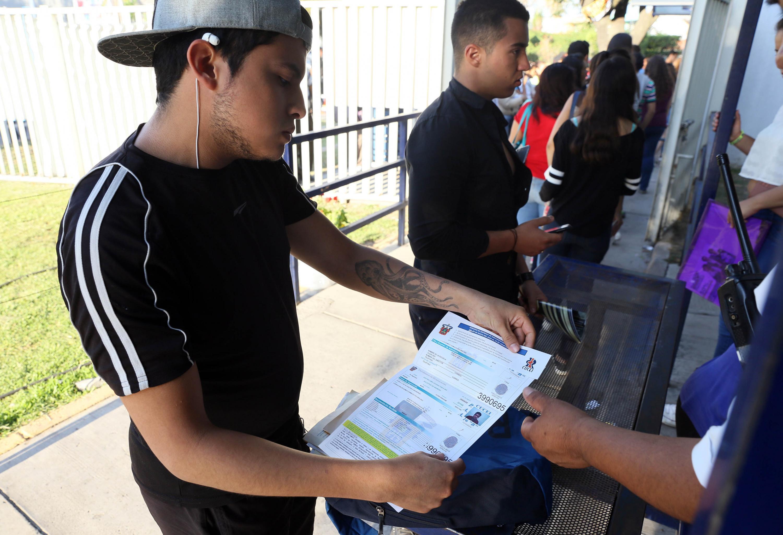 Flexibiliza UdeG entrega de documentos para aspirantes de primer ingreso