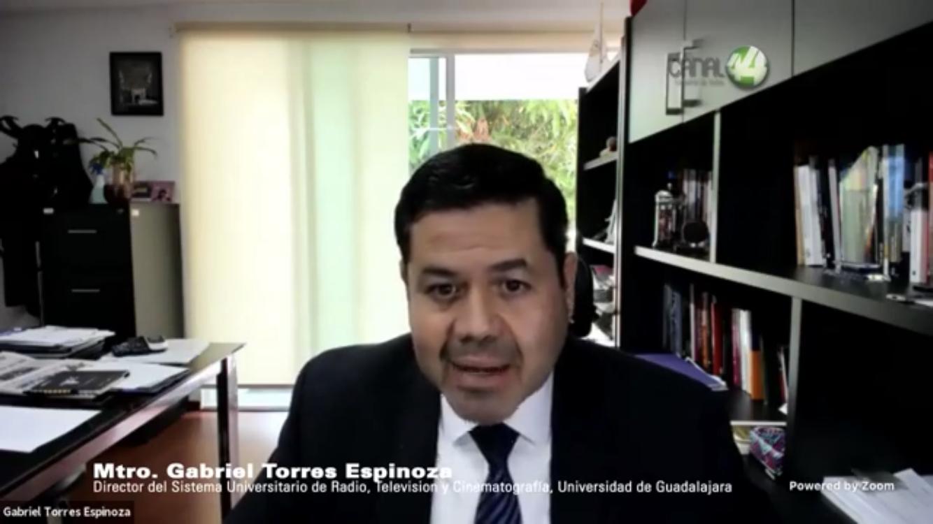 El Director del SURTyC, maestro Gabriel Torres Espinoza