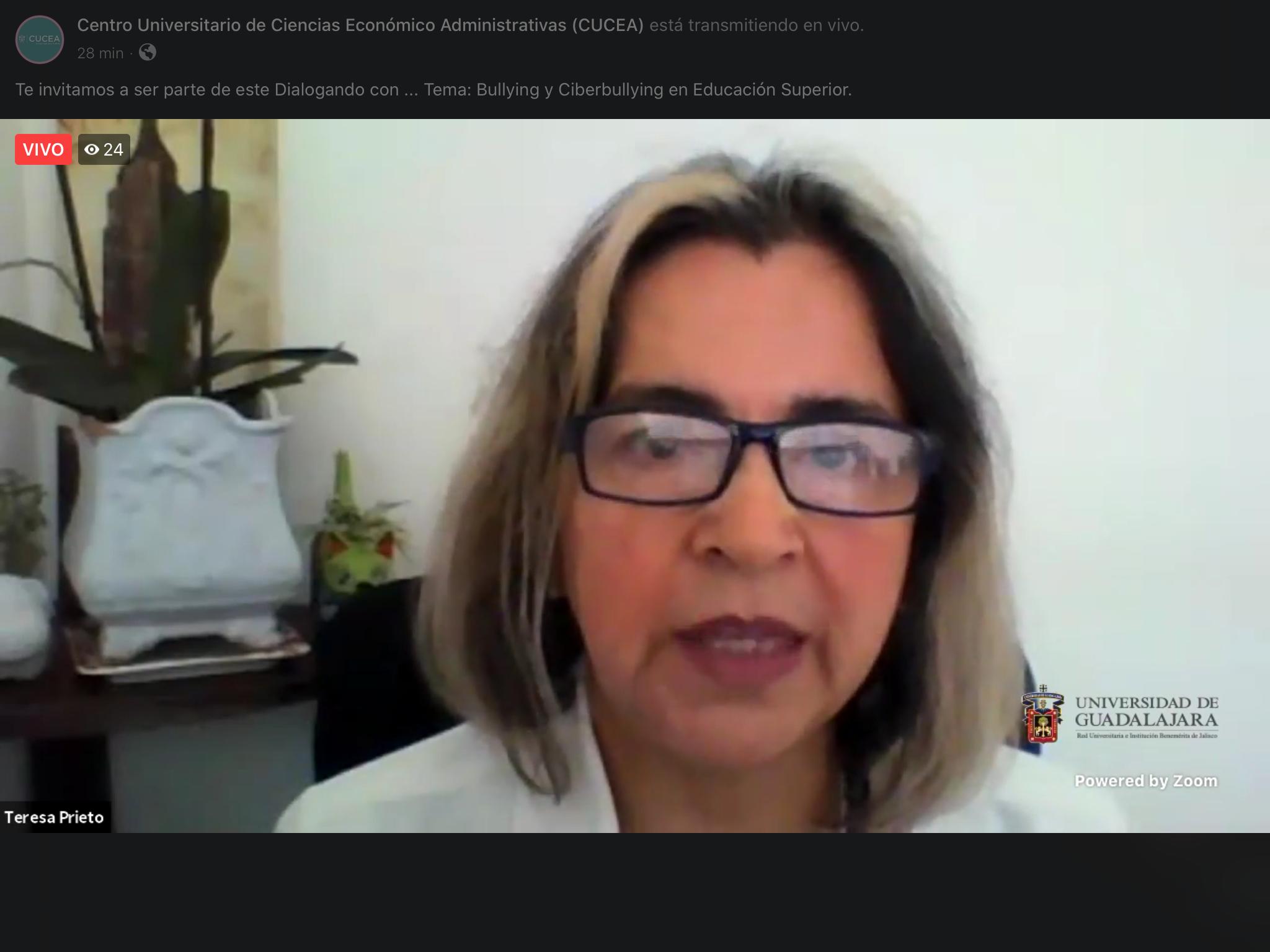 La doctora María Teresa Prieto Quezada, investigadora y responsable de Formación Docente, del Centro Universitario de Ciencias Económico Administrativas (CUCEA)