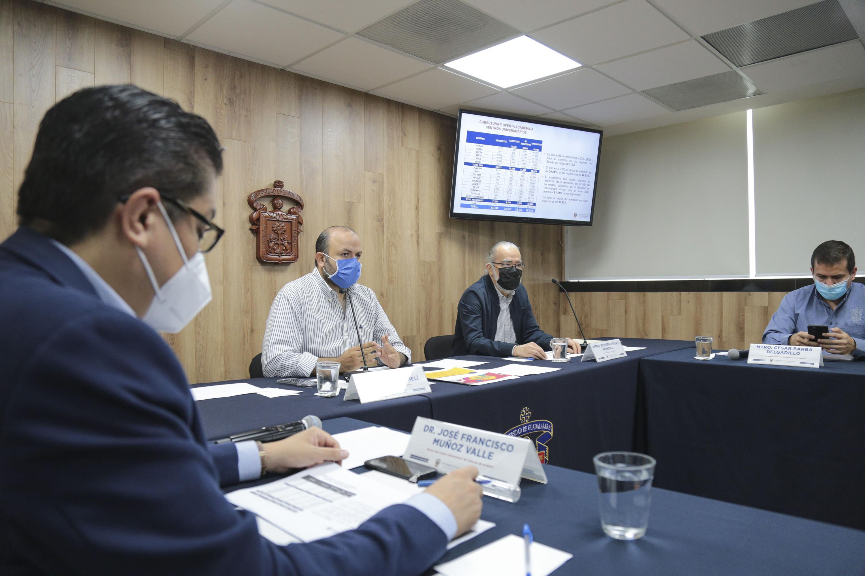 Autoridades de la Universidad de Guadalajara (UdeG) dieron a conocer la estrategia para el regreso a clases en el semestre 2020-B