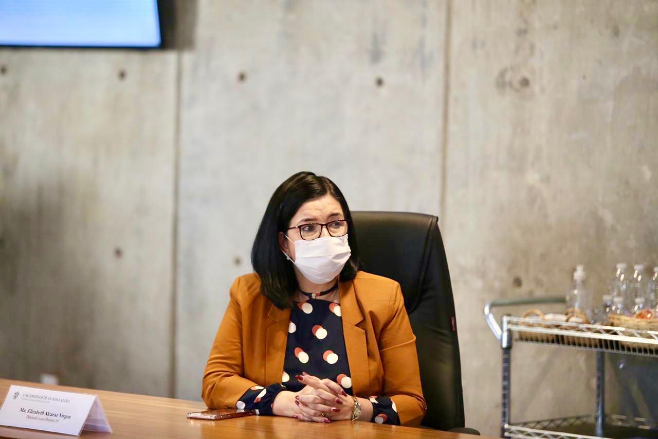 La Coordinadora del Gabinete Social del Gobierno de Jalisco y miembro de la Mesa de Salud, maestra Ana Bárbara Casillas