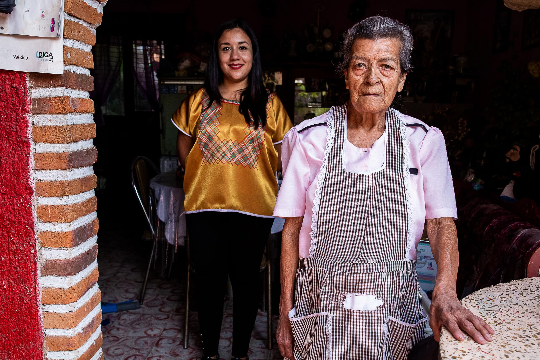 """Estudiante del CUAAD emprende el proyecto """"Mujeres de Arcilla. Homenaje a las artesanas de San Pedro Tlaquepaque"""""""