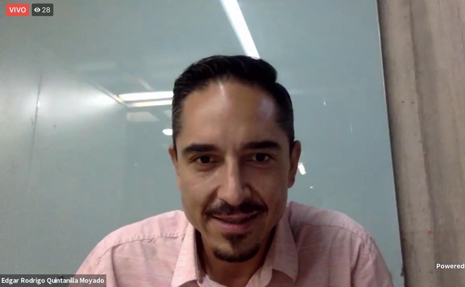 """Al participar en """"Dialogando con..."""" Alely Hernández, con el tema """"Talento CUCEA"""