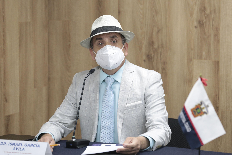 El doctor Ismael García Ávila, Coordinador de Nivelación en Artes