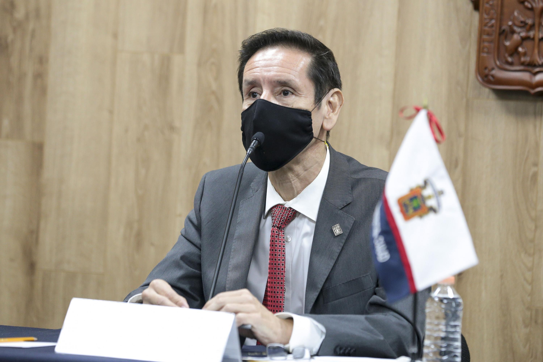 El Rector de dicho plantel de la Universidad de Guadalajara (UdeG), doctor Francisco Javier González Madariaga