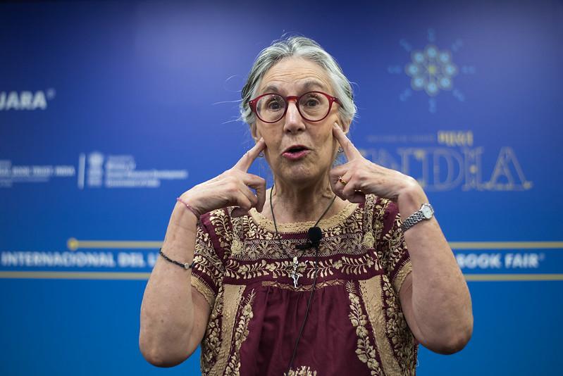 La FIL tendrá un consultorio astronómico con Julieta Fierro