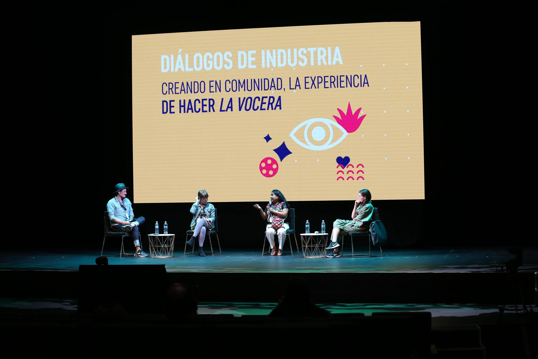"""Presentan charla """"Creando en comunidad, la experiencia de hacer 'La vocera'"""", durante FICG 35.2"""