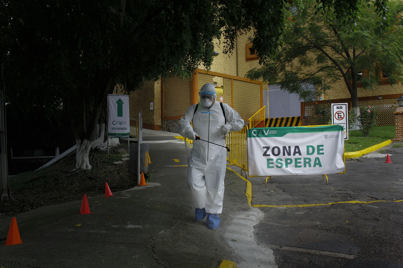 Desde el inicio de la pandemia la UdeG puso al servicio de la comunidad el conocimiento, los recursos humanos y su infraestructura