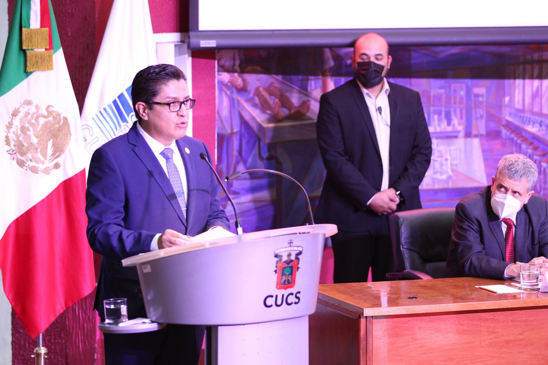 Este centro universitario se convirtió en un referente en Jalisco para hacer frente a la pandemia, subrayó el Rector de dicho plantel, al rendir su segundo informe de actividades
