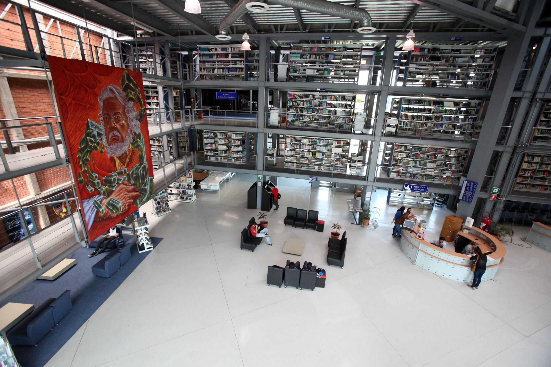 El Sistema Universitario de Bibliotecas de la UdeG reconocerá este 20 de julio a trabajadores con 25 años de trayectoria, en el marco del Día Nacional del Bibliotecario