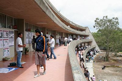 Udeg incrementa matr cula en el centro universitario de for Arte arquitectura y diseno definicion