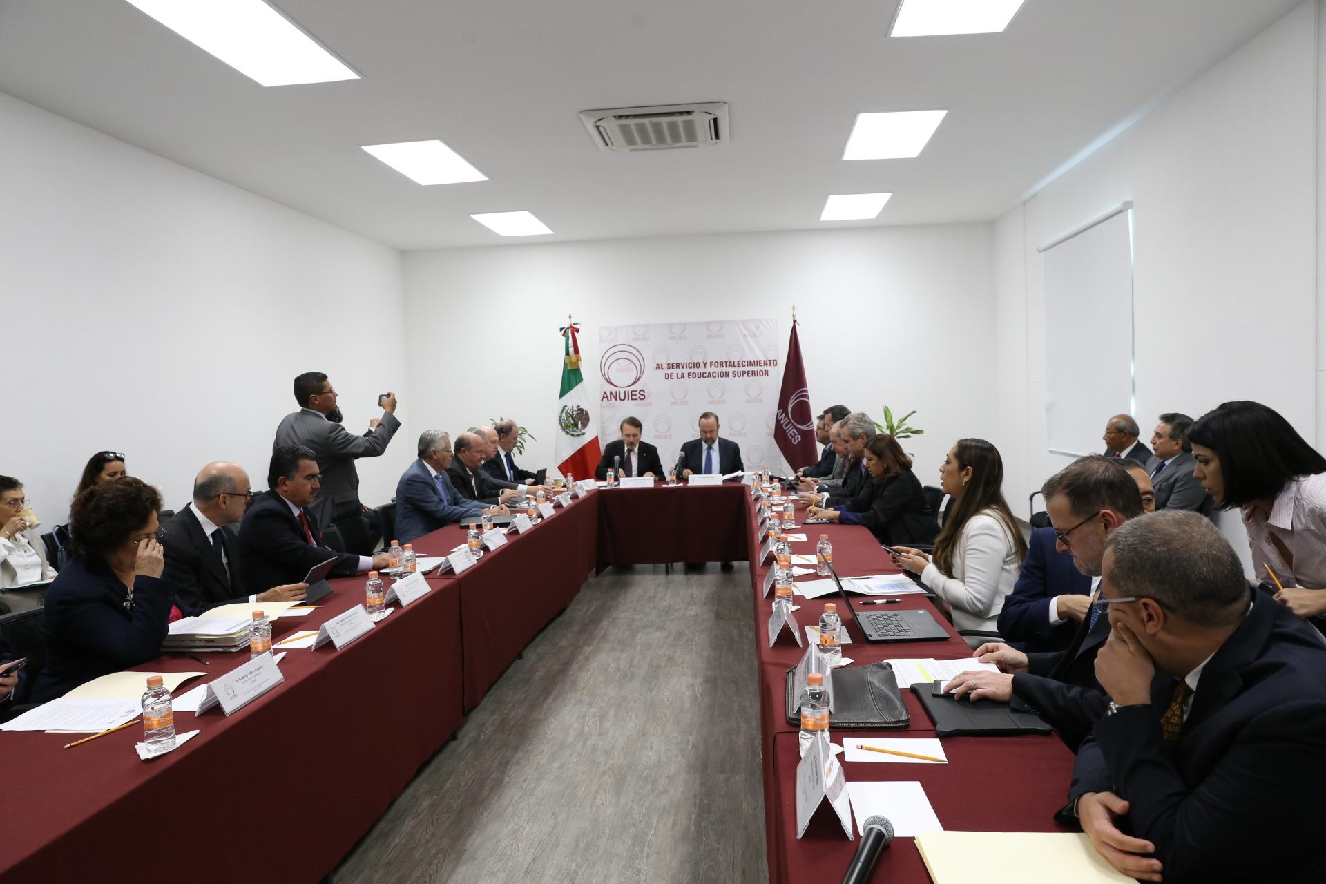 Sesión ordinaria de Consejo Regional Centro Occidente de la Asociación Nacional de Universidades e Instituciones de Educación Superior (ANUIES).