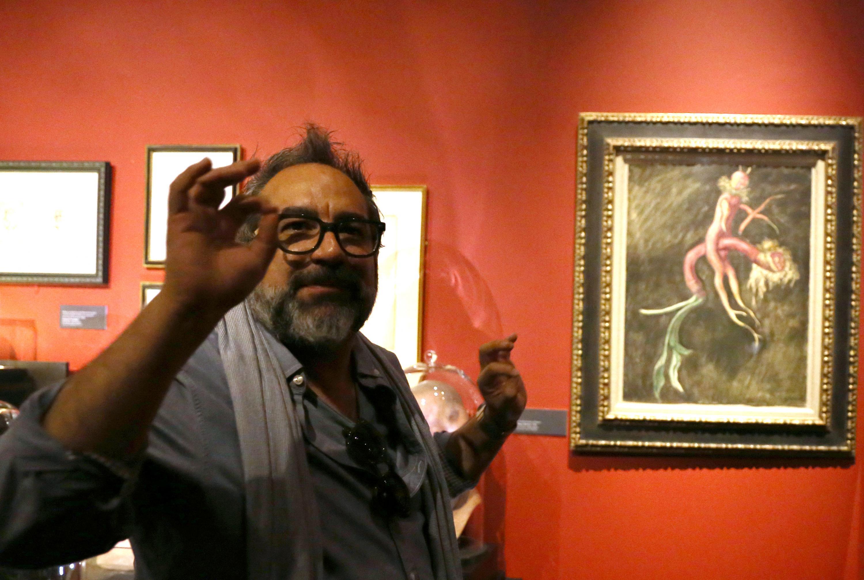 """Director de arte Eugenio Caballero, curador de la exposición """"En casa con mis monstruos"""" del cineasta tapatío Guillermo del Toro"""