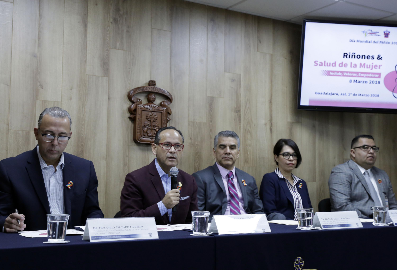 Doctor Hector Raul Perez Gomez, participando  en rueda de prensa para anunciar las actividades con motivo del Día Mundial del Riñón 2018