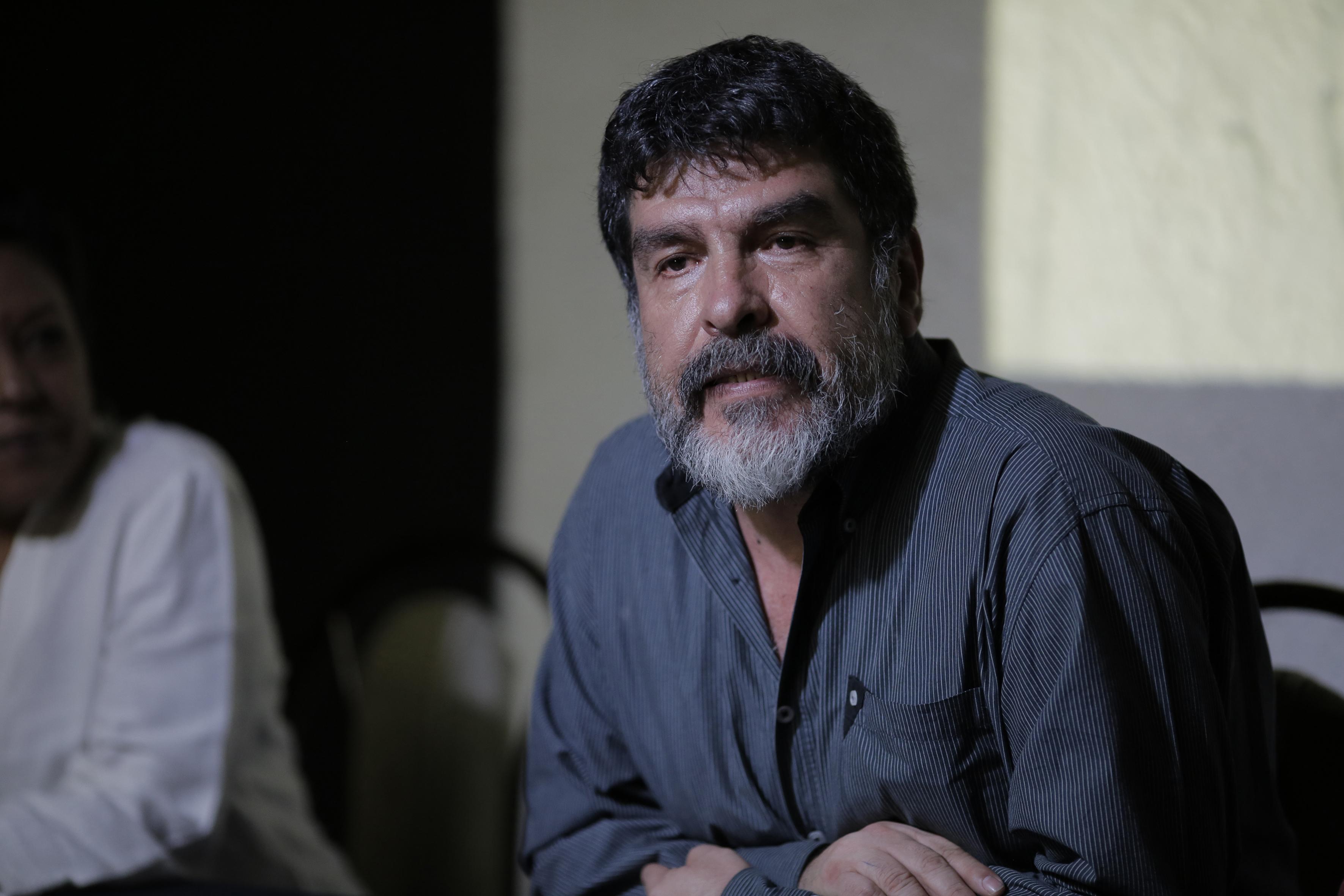 Doctor Carlos Vázquez Lomelí, jefe del Departamento de Artes Escénicas del Centro Universitario de Arte, Arquitectura y Diseño (CUAAD).