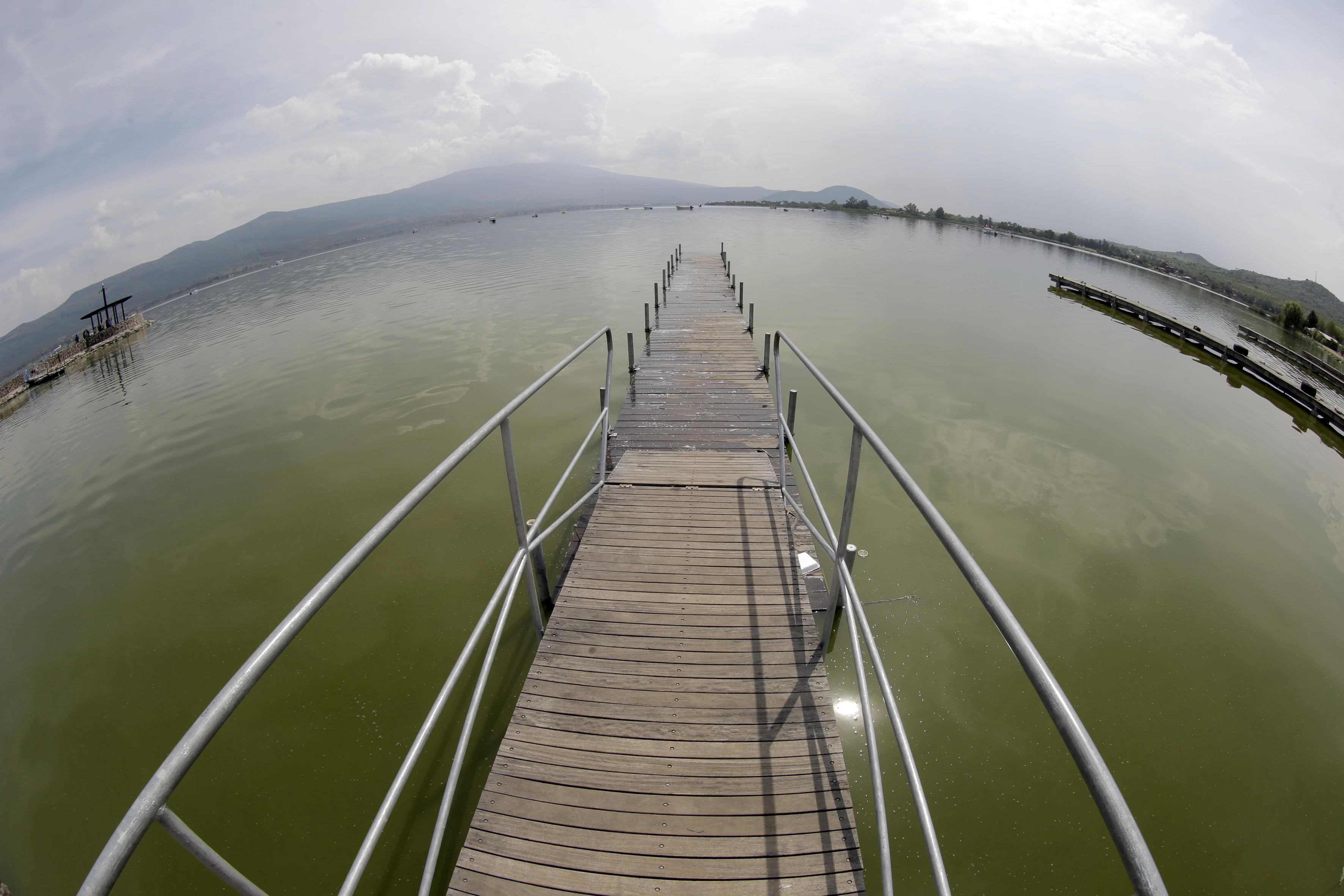Muelle de la Laguna de Cajititlán