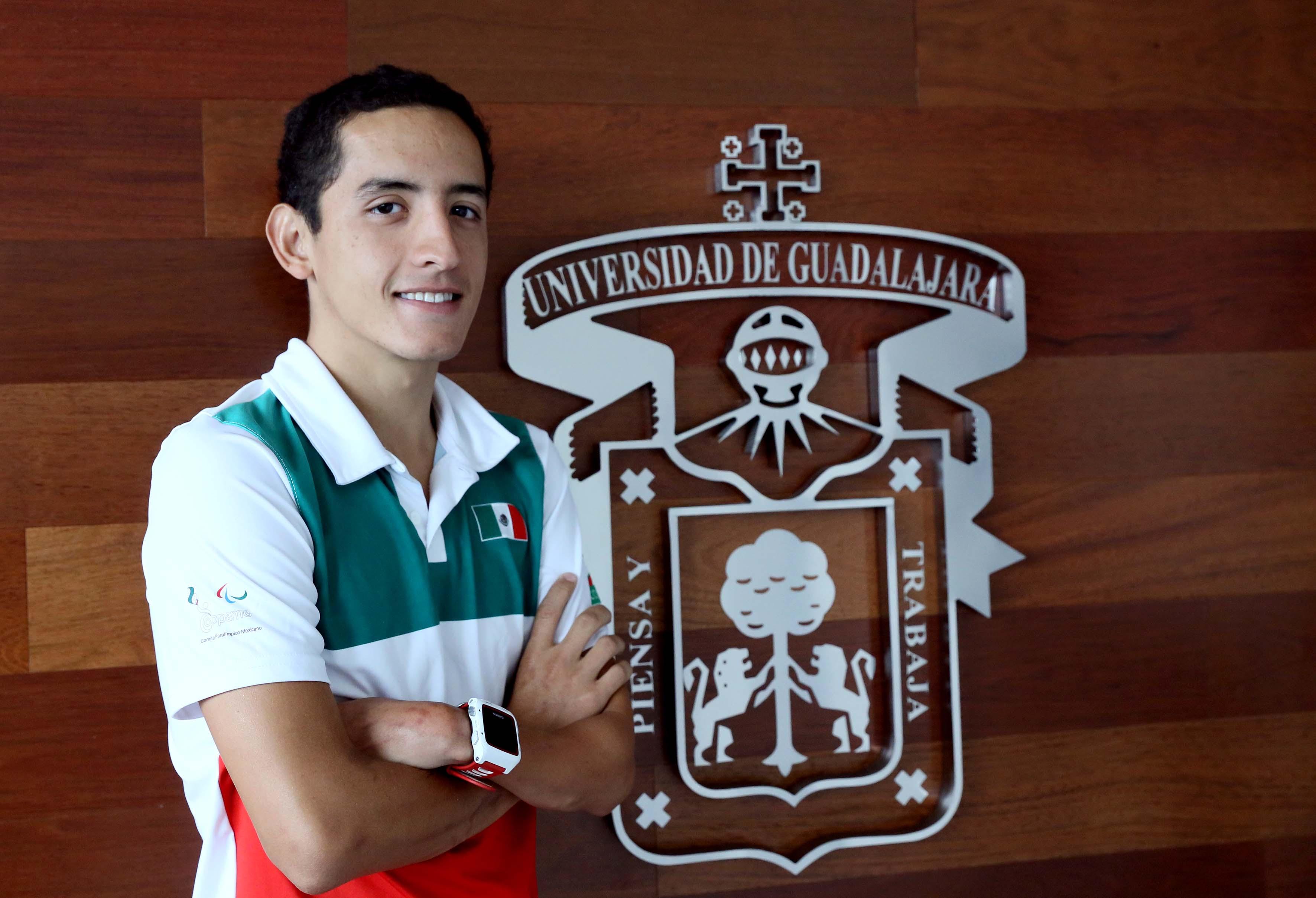 Triatleta Abraham Estrada Sierra se adjudicó la medalla de oro en la categoría PTS5, de la Copa Mundial de Paratriatlón, efectuada en Sarasota, Estados Unidos