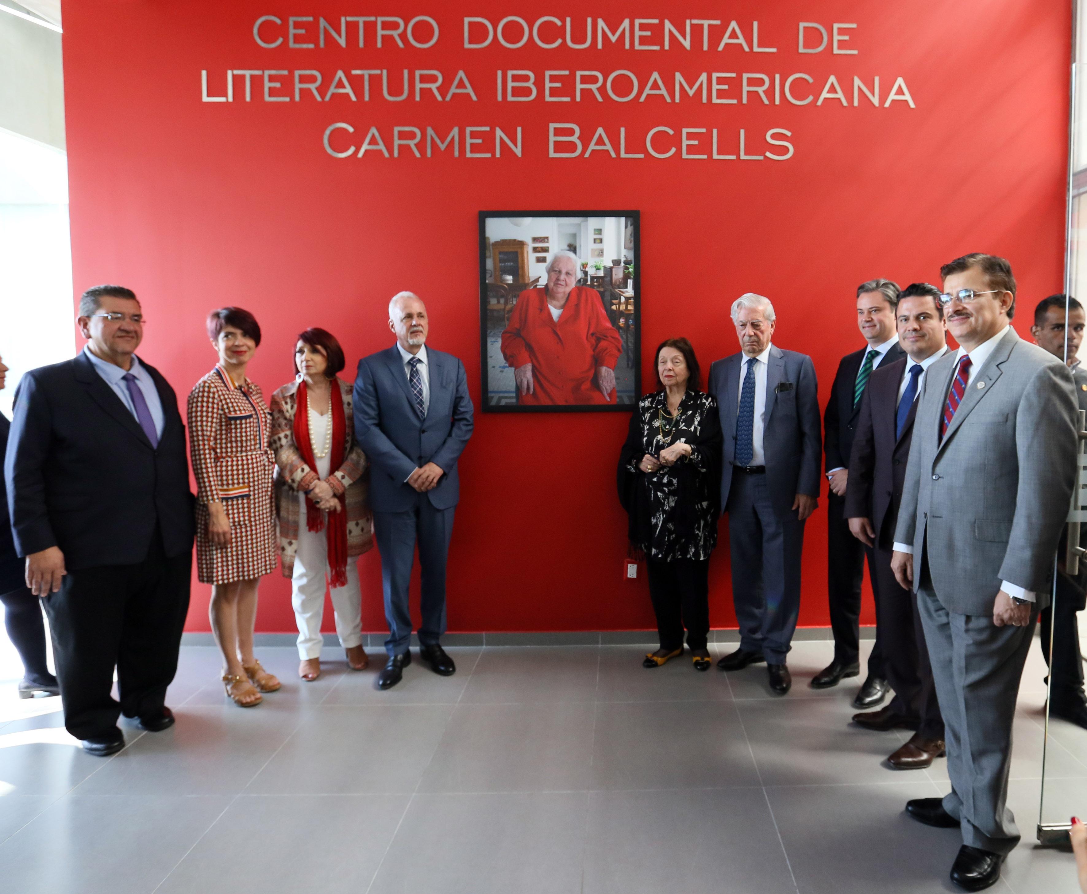 Ceremonia de inauguración archivo digital de la agente Carmen Balcells