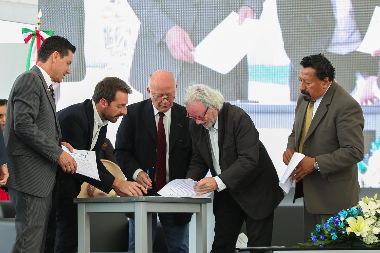 Inauguración de la 8va. Feria Académica y Cultural del CUValles 2017, que se realizará en las instalaciones del centro universitario hasta el 17 de noviembre del presente año.