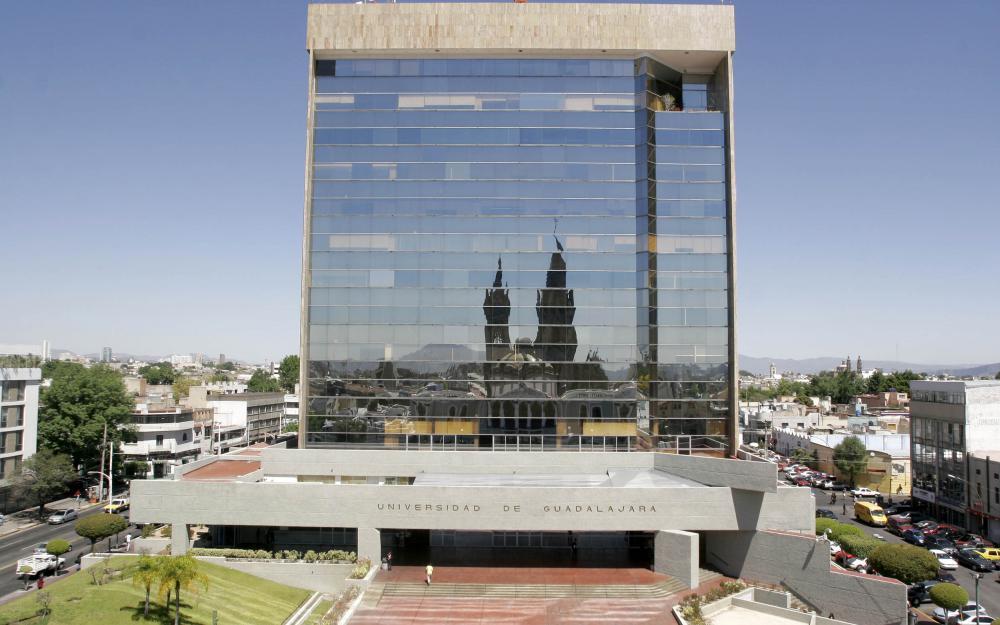 Edificio central de rectoria de la Universidad de Guadalajara