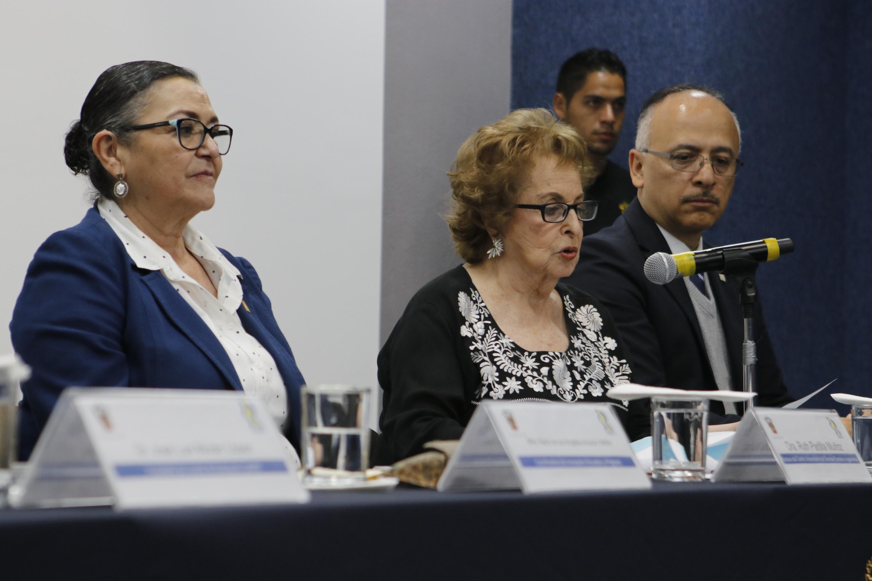 La doctora María Esther Ortiz Salazar, presidenta del Consejo de Acreditación de Programas Educativos en Física A. C. (CAPEF)
