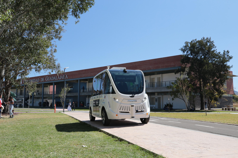 El vehículu autónomo por instalaciones universitarias