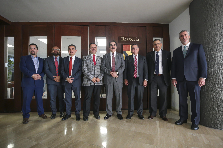 Los miembros del Consejo del Premio Jalisco de Periodismo