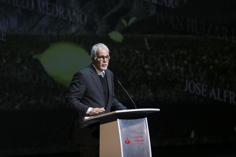 En su discurso, el licenciado Raúl Padilla López