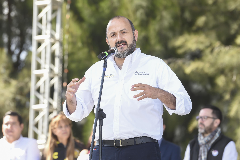 Habla el Rector General de la UdeG en los festejos de CULagos por los 25 años de la red