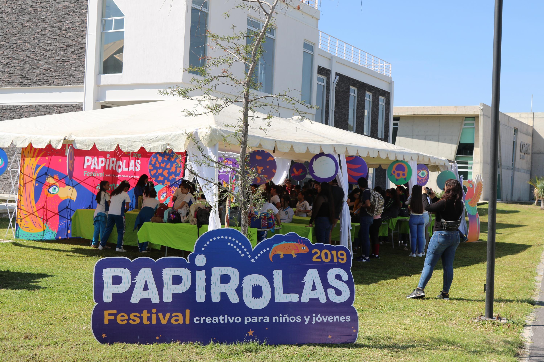 En el Festival, también estuvo un stand de Papirolas
