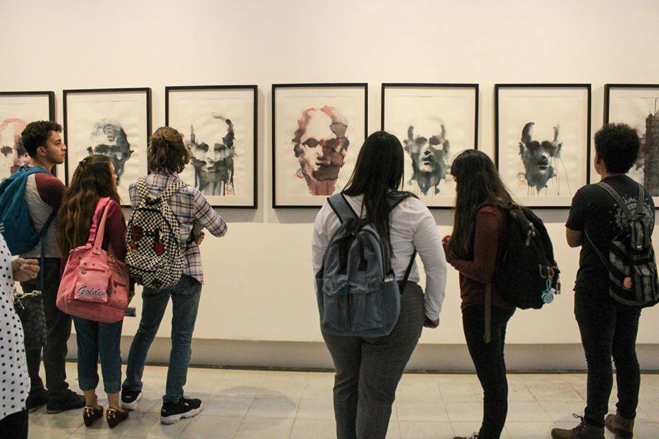 """Imagen de la exposición """"Los anormales"""""""
