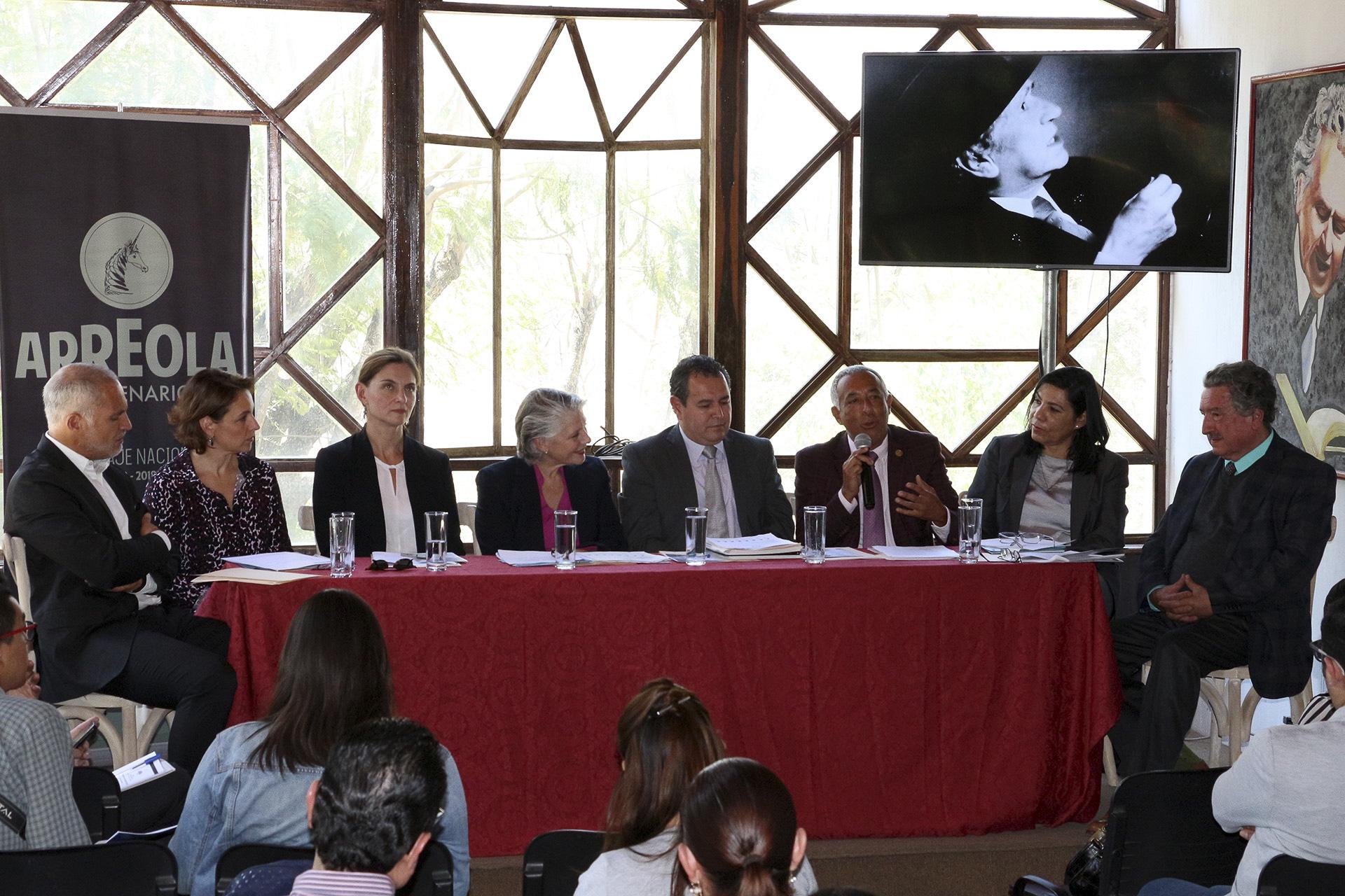 Maestro Ricardo Xicoténcatl García Cauzor, Rector Centro del Universitario del Sur (CUSur)